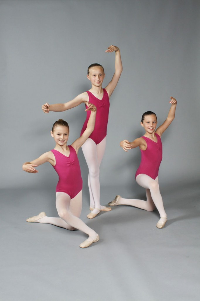 Junior ballet dancers, Thompsons School of ballet - ballet dancers